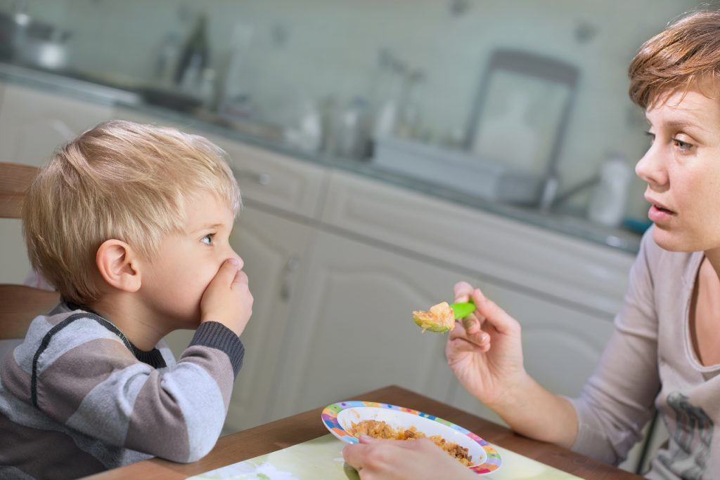 To Raise a Healthy Eater, Start Early, and Eat Well Yourself